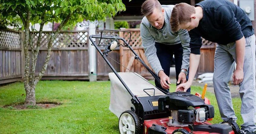 manutenção de cortador de grama